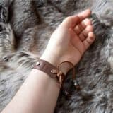simple_rune_bracelet_hand_back