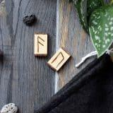 wooden rune set03